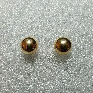 14K Yellow Gold 8mm stud Earrings